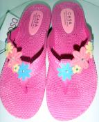 BRIGHT PINK FLIP FLOPS WITH DAISY DETAIL